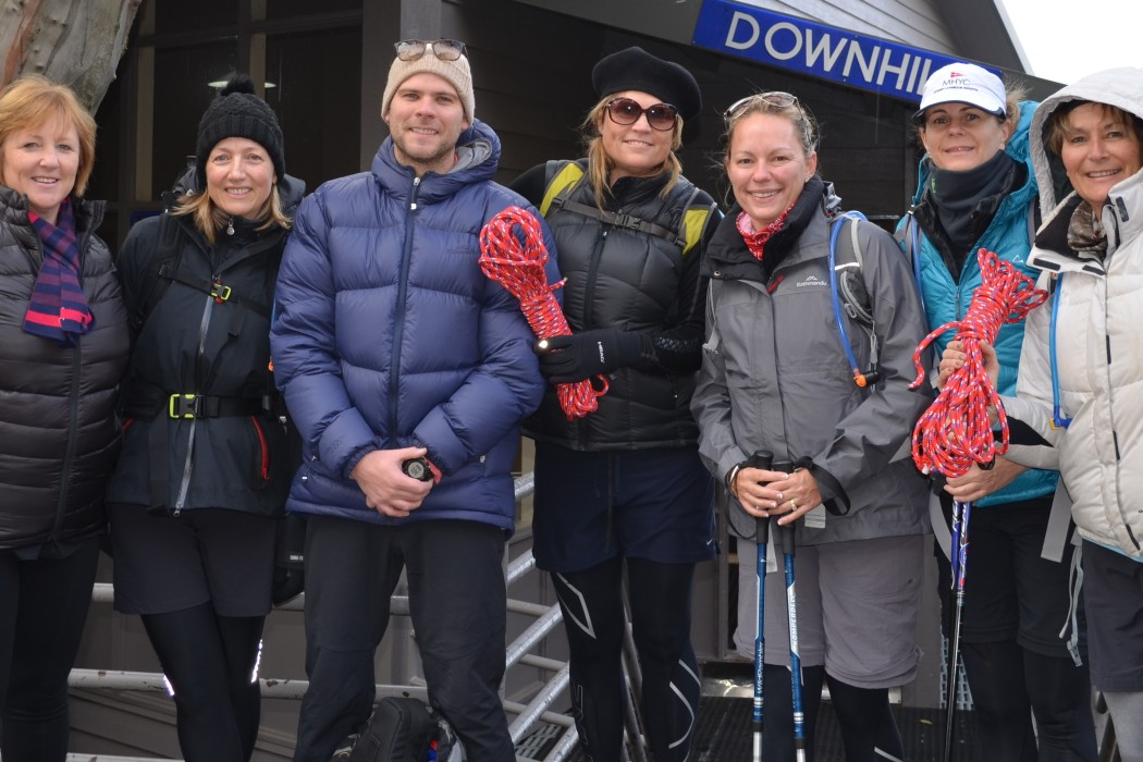 Pictured (l-r)Janee McEvoy, Katherine Strover, Tim Strapp (ProSport Health & Fitness), Leanne Mclauchlan, Tiffany Comb, Carey Cuneo and Ann Bongiorno